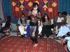 Lokan Do Do Yar Banay _ Pakistani Wedding BEST DANCE On Punjabi Song --- (HD) - Video Dailymotion